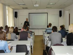 Dr Peter Whelan addresses students in Moscow