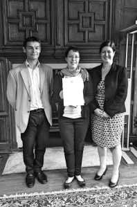 Mary Guy (centre) with Yann Lebeau (l) and Jacqueline Collier (r)